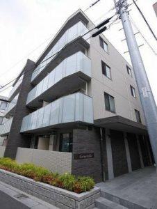 ジェルメヴィラ は 世田谷区 三宿 に位置するマンションです。東急田園都市線 池尻大橋 徒歩14分、井の頭線 池ノ上 駅徒歩圏内  人気の 1LDK